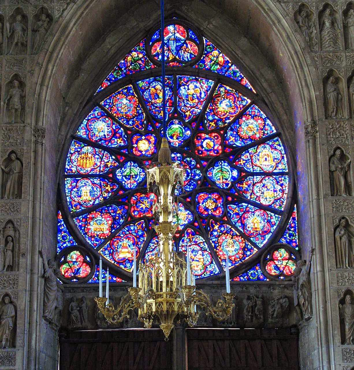 Interior da catedral de Reims